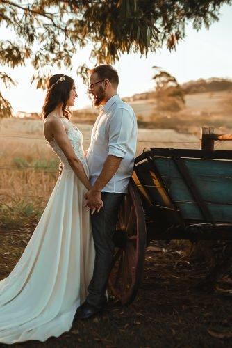 wedding venue ideas newlyweds near carriage farm wedding