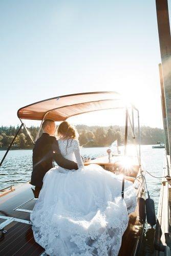wedding venue ideas newlyweds on the boat