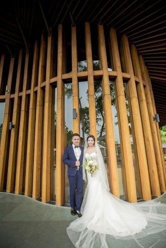 wedding venue ideas museum wedding newlyweds