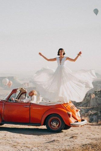 wedding venue ideas bride and groom at the balloon festival
