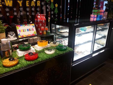 Desserts area