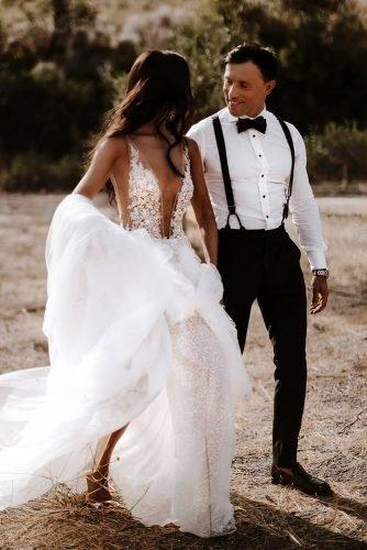 grooms attire details suspenders with bow tie rustic ayeh kphotography