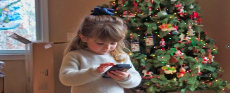 Kids' Online Safety: The Best New Year Resolution for Parents