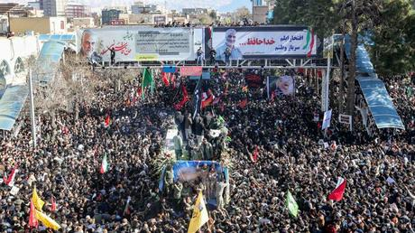 Soleimani: Stampede kills at least 35 mourners in the burial