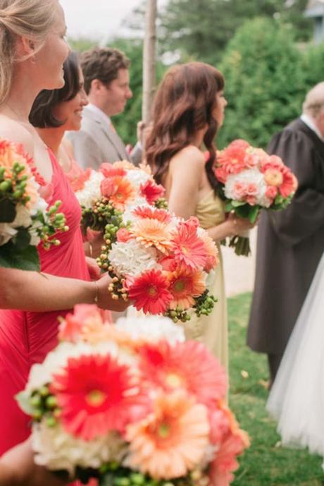 stunning alternative summer wedding bouquets catherine rhodes photography