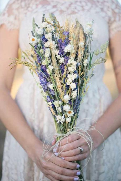 stunning alternative summer bouquets paige and blake photography
