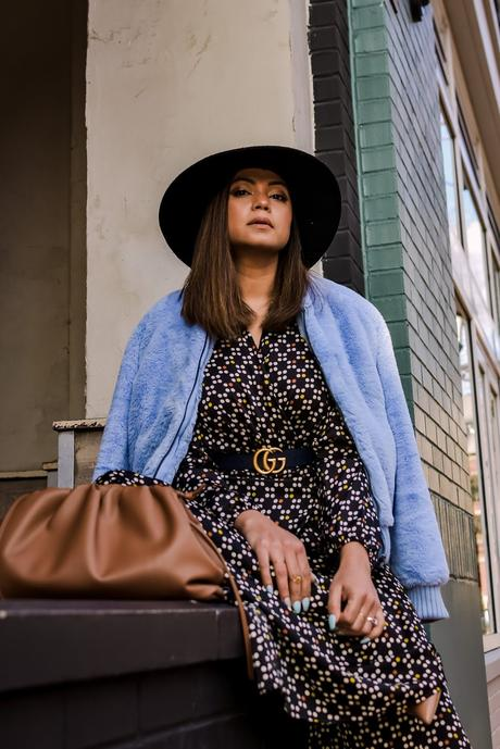 tips on juggling life, mom blogger, lifestyle hacks, everyday palazzo outfit, coordinates, separates, printed winter look, fashion, street style, eva mendes printed pants and top set, blue fur jacket, saumya shiohare, myriad musings
