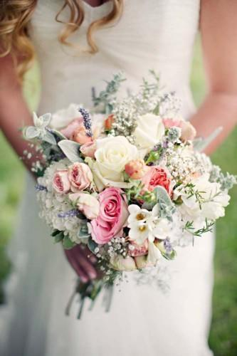 the meaning behind colors in your wedding bouquet