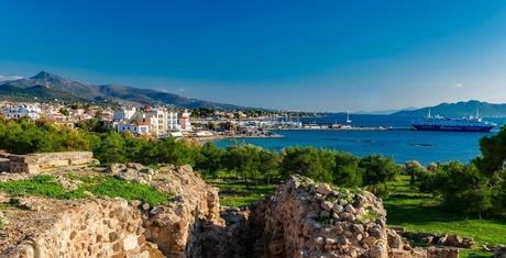 Car rental from Athens: explore by car Aegina, the closest island to the Greek capital