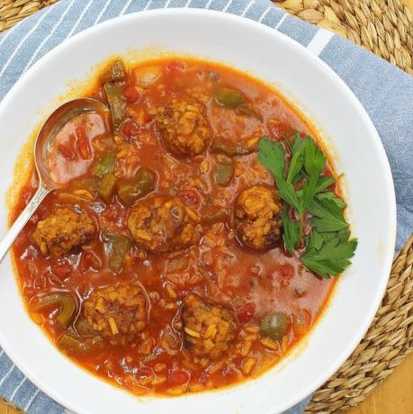 Amish Stuffed Pepper Soup #SoupSwappers