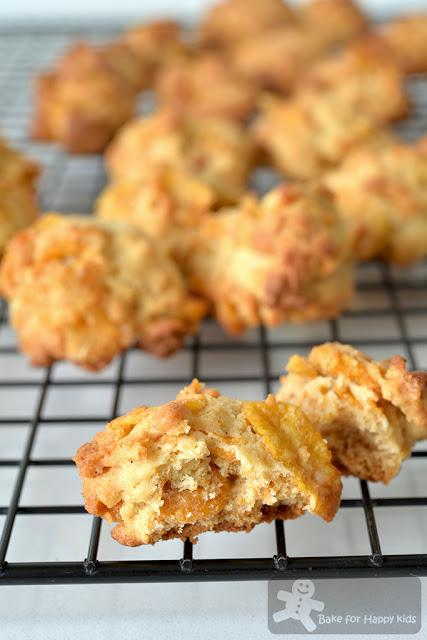 golden crunchy milky Honey Cornflakes Cookies