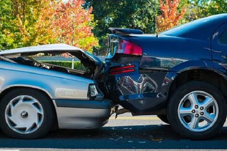 Post Car Accident Checklist – What To Do After an Accident