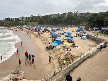 Uvongo Beach vs Margate Beach: What You Need to Know