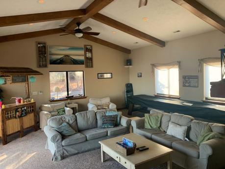 Renting an Airbnb at Lake Anna, Virginia