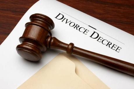 What You Need to Know About Debt and Divorce