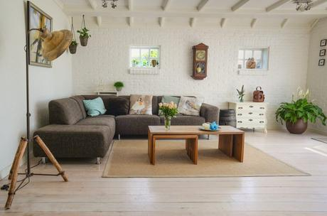 Ultimate Checklist to Furnishing Your First Home on a Budget
