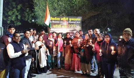 Nirbhaya rapists survive by curative petitions ! - who is powerful ?