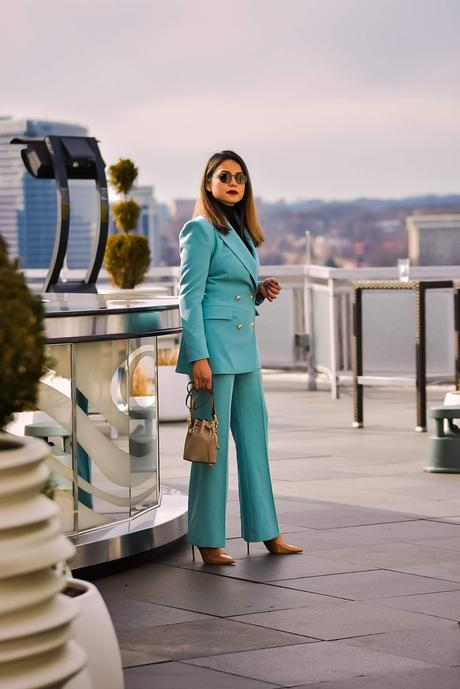 DC TO nyfw, how to get noticed o the streets of NY during fashion week, fashion week outfits, street style, fashion, outfits, looks, saumya shiohare, myriad musings