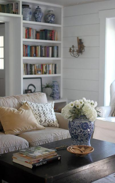 5 Ways to Refresh your Living Room