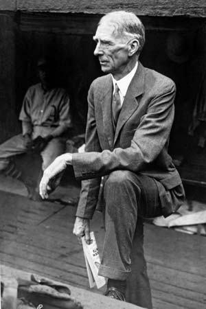 This day in baseball: Connie Mack passes