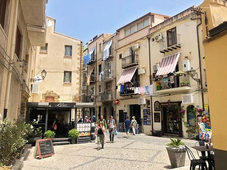 Cefalu Sicily – A Complete Travel Guide