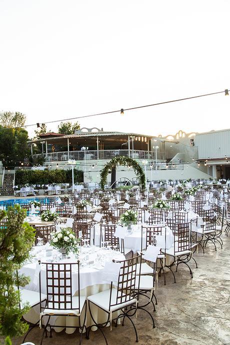 gorgeous-fall-wedding-thessaloniki-white-flowers_19
