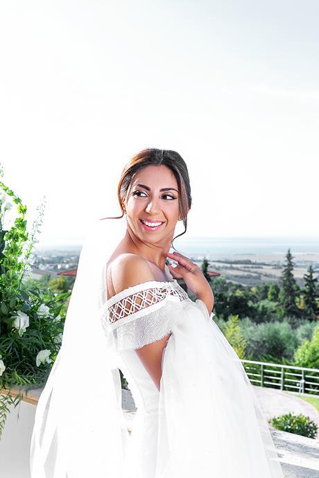 gorgeous-fall-wedding-thessaloniki-white-flowers_05