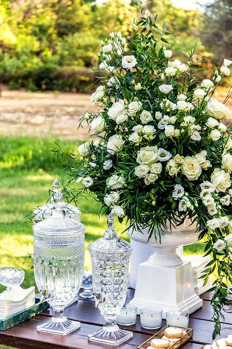 gorgeous-fall-wedding-thessaloniki-white-flowers_10
