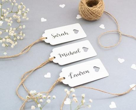 wedding place card ideas name tags with hearts