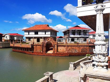 canals at Las Casas