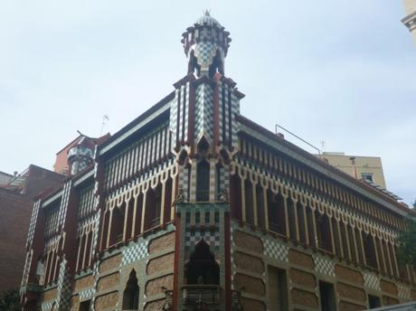 Travelling in Catalonia: Explore Barcelona and Live!
