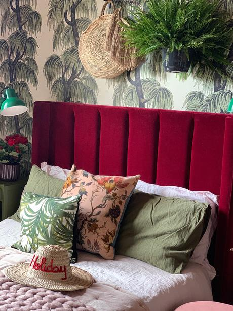Girl with the Green Sofa house tour