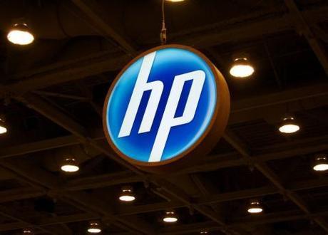Hewlett-Packard is in trouble, cutting 27,000 jobs