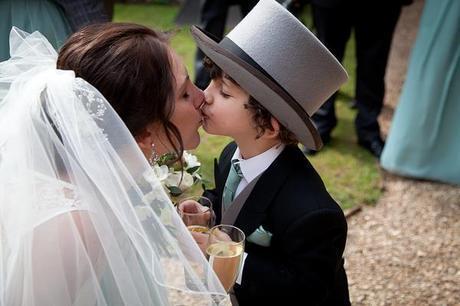 Coombe Lodge wedding blog Capture It Photography (24)