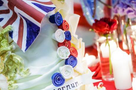 alternative royal wedding inspiration photo credit Damian Hall (7)
