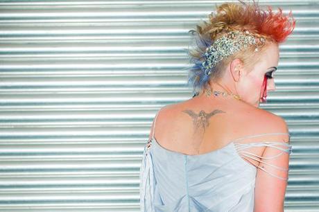 alternative royal wedding inspiration photo credit Damian Hall (19)