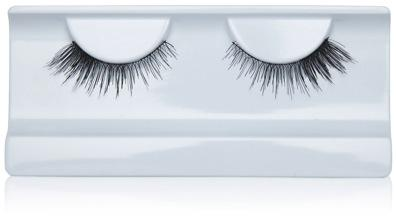Get Dramatic, Voluminous Lashes in Less Than 2 Minutes: Winks by Georgie