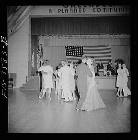 Greenbelt, Maryland, 1942. The American Legion Memorial Day Dance. (How I wish I had somewhere to go in a pretty white dress this evening.)