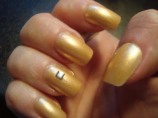 Bling Jaquar nail look