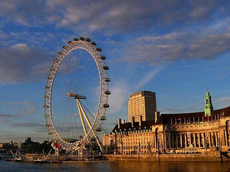 London Eye and County Hall