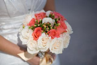 BUNCHES OF BOUQUETS