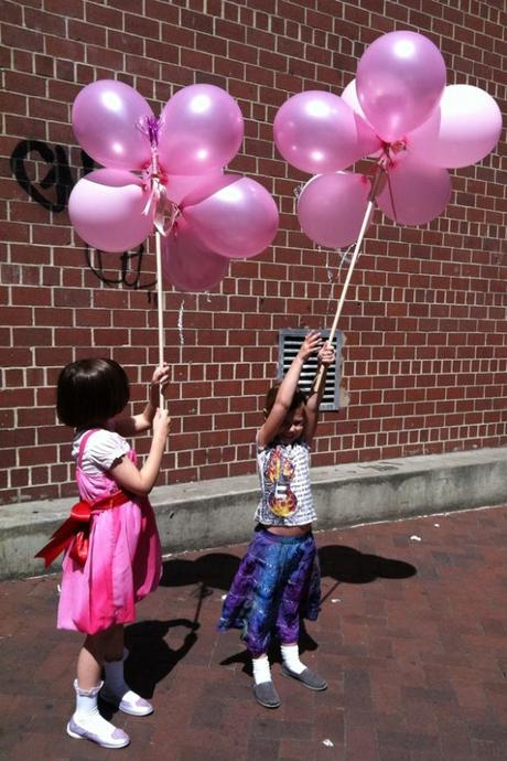 Easy DIY: Birthday Balloon Parade Sticks