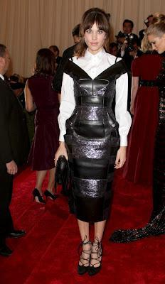 2012 MET BALL Hairstyle How-To: Alexa Chung