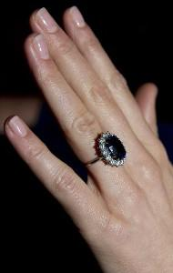 kate middleton engagement ring picture, raymond lee jewelers, engagement ring sapphire boca