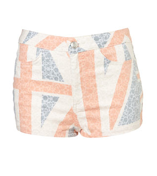 What To Wear For: The Jubilee Bank Holiday Weekend
