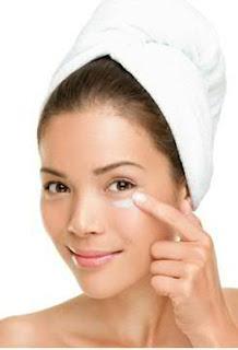 Lakme Algae Collagen Masque and Time Restore Protein Treatment