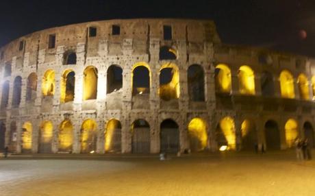 travel like a local rome coliseum