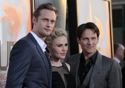 The True Blood cast chats about Season 5 on Extra TV