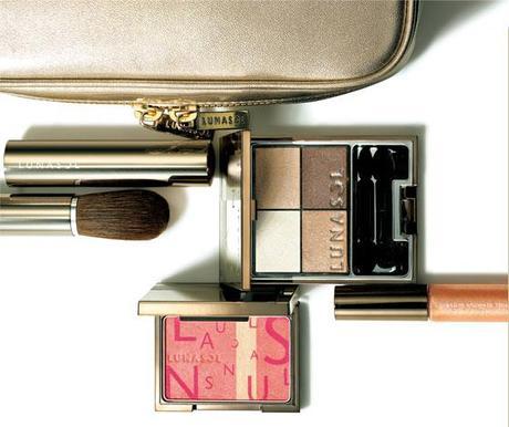 Upcoming Collections: Makeup Collections: Lunasol: Lunasol Summer 2012 Makeup Kit