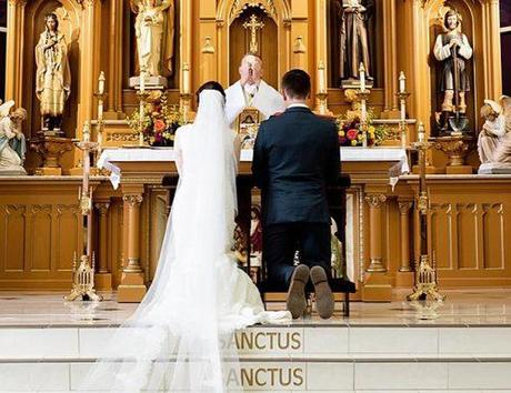 catholic wedding vows bride and groom at the wedding ceremony